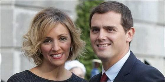 Beatriz Tajuelo con Albert Rivera.