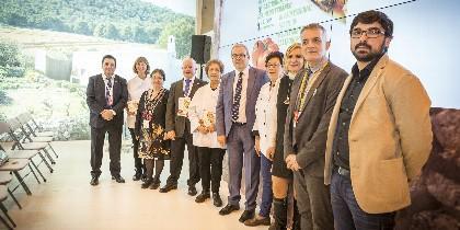 La foto de familia de los participantes al evento
