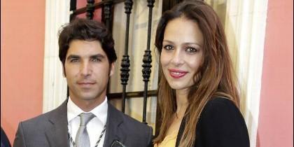Cayetano Rivera con Eva González.