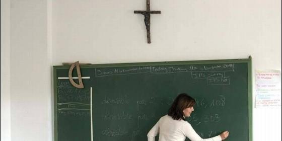 religion-en-las-aulas_560x280.jpg