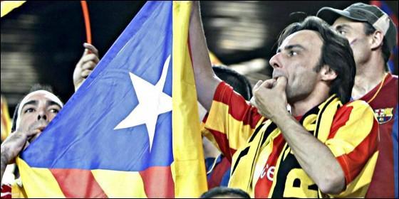 Pitos de los independentistas catalanes al Himno Nacional de España, en la final de la Copa del Rey de fútbol-