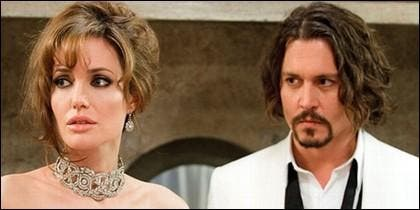 Johnny Deep y Angelina Jolie