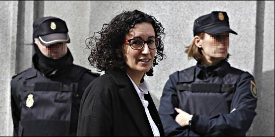 La secretaria general de ERC, Marta Rovira, a su salida del Tribunal Supremo.