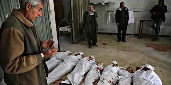 Niños muertos en los bombardeos de Siria.