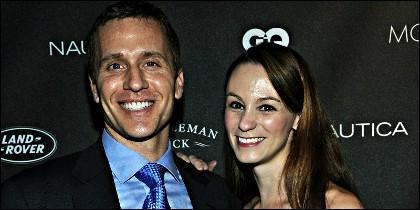 Eric Greitens con su esposa.