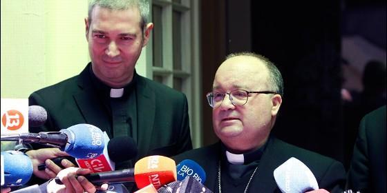 Francisco celebró misa con los curas chilenos víctimas de Karadima