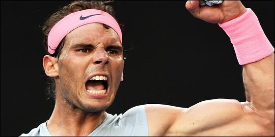 Federer va por el tricampeonato en Australia