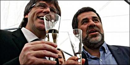 Carles Puigdemont y Jordi Sánchez.