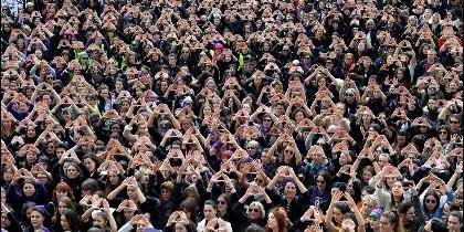 Miles de mujeres, manifestándose en Madrid