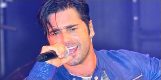 Bustamante cancela un concierto tras recibir dos pedradas