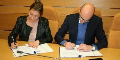 Firma del acuerdo entre Cáritas y la Fundación Pablo VI