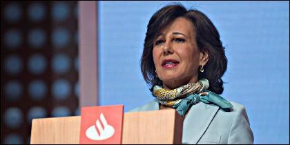 La presidenta del Banco Santander, Ana Botín, durante su intervención en la Junta General Ordinaria de Accionistas 2018.