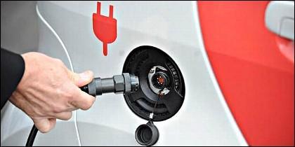 La carga de la batería del coche eléctrico.