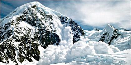 Una avalancha de nieve.