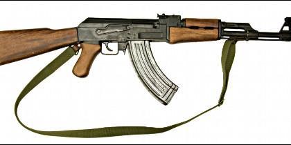 AK-47, el mítico y letal fusil kalasnikov.