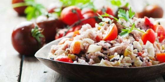Ensalada de arroz con at n y tomates cherry periodista - Ensalada de arroz y atun ...