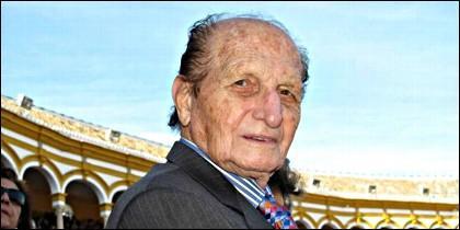 Don Angel Peralta, rejoneador.