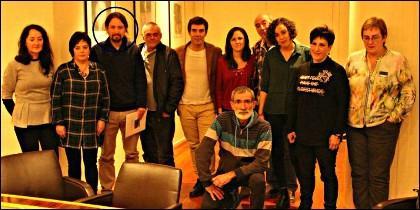 Pablo Iglesias (PODEMOS) con los proetarras de Alsasua.