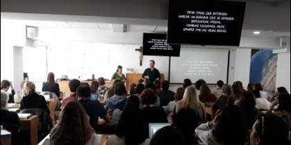 Clase del curso de pastoral educativa de la Facultad de Teología de Granada