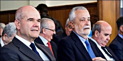 Antonio Griñán, Manuel Chaves y Gaspar Zarrías, en el banquillo de los acusados.