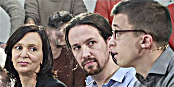 Carolina Bescansa, Pablo Iglesias e Iñigo Errejón (PODEMOS).