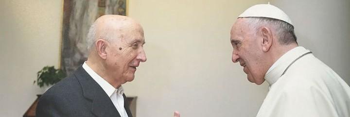 Francisco 'rehabilita' públicamente al maestro de la Teología Popular en Santa Marta