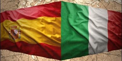 Banderas de España e Italia.