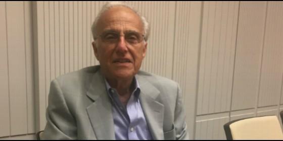 El profesor John Esposito