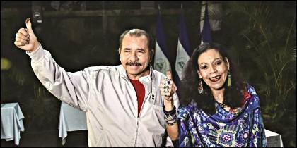 Daniel Ortega, Presidente de Nicaragua, con su esposa Rosario Murillo, vicepresidenta.