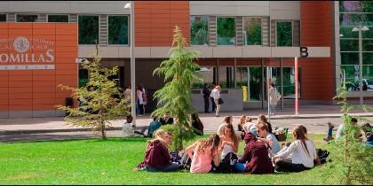 Universidad Pontificia Comillas ICAI-ICADE