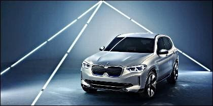 BMW acaba de presentar el Concept iX3.