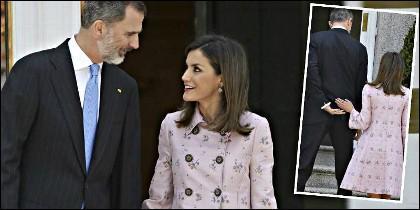 Gestos entre el Rey Felipe VI y la Reina Letizia.