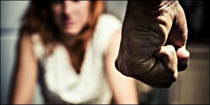Violencia, paliza, abuso.