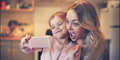 La familia y el teléfono móvil.