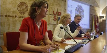 Firma del convenio entre la UPSA, Telefónica y la Fundación ProFuturo