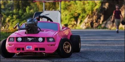 Coche juguete motor real