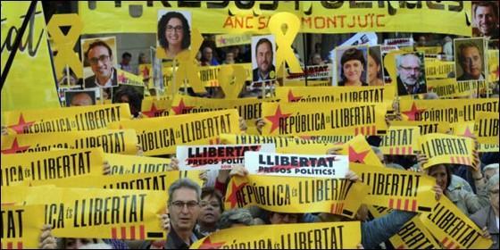 El nuevo gobierno de Cataluña toma posesión