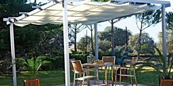 Qu p rgola de jard n es mejor madera aluminio acero ocio y cultura escaparate - Pergolas de aluminio para jardin ...