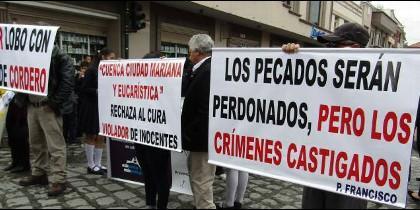 Víctimas del cura César Lobo