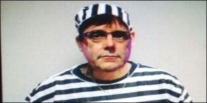 Carles Puigdemont, 'vestido' de preso.