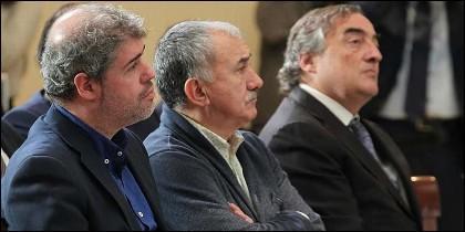 Unai Sordo (CC.OO.), Pepe Álvarez (UGT) y Juan Rosell (CEOE).