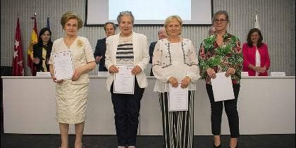 Diplomas de la Universidad Senioribus del CEU