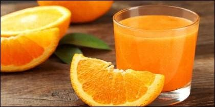 Zumo de naranja.