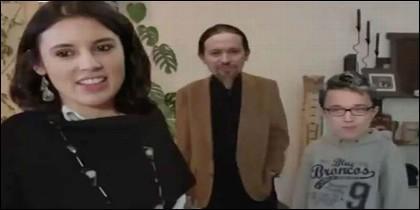 Irene Montero y Pablo Iglesias con Iñigo Errejón, en un meme sobre el chalet de Podemos.