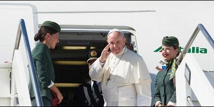El Papa, camino de Ginebra