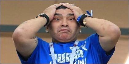 El 'bocazas' Diego Armando Maradona viendo a Croacia cascarle un 3-0 a la Argentina de Messi.