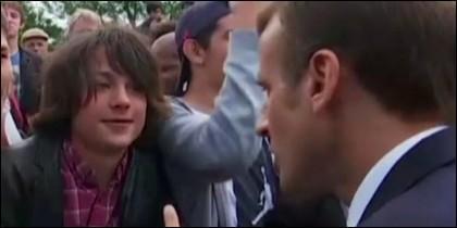 El adolescente y Macron