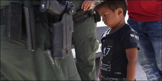 Niño enla frontera