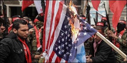 Quema bandera americana