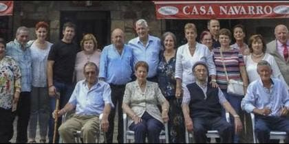 Arturo Sosa, con sus familiares de Cantabria